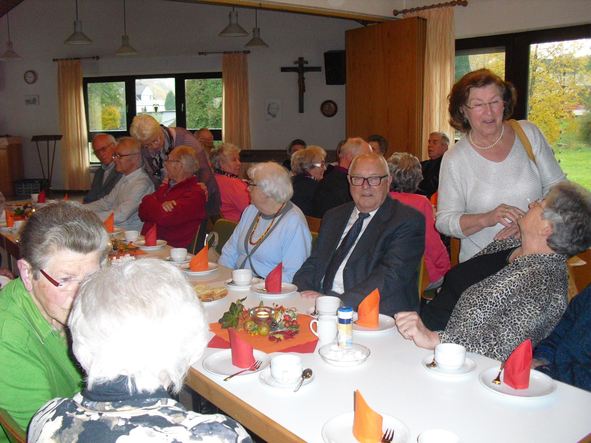 Eintreffen der Gäste im Josefsheim
